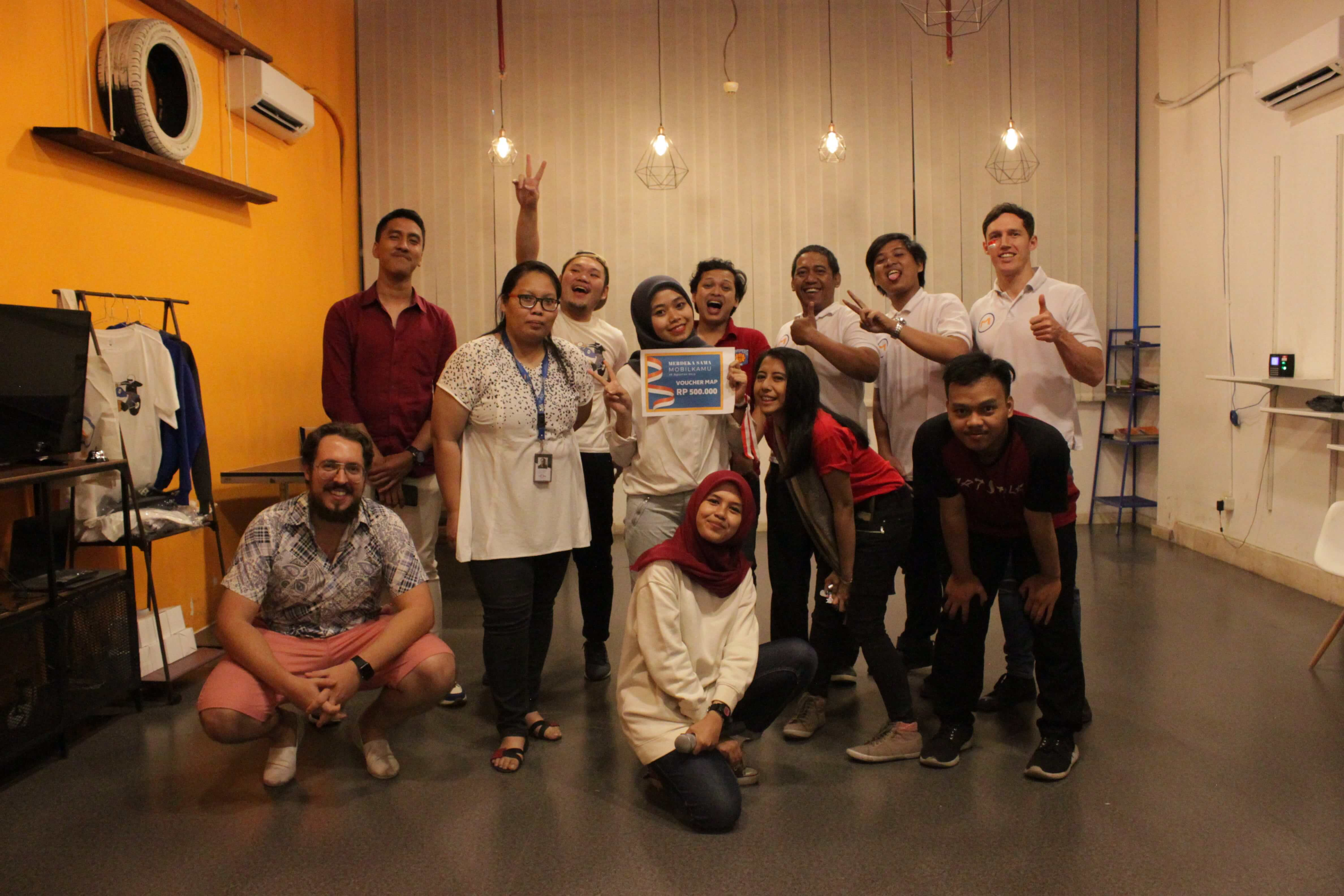Juara 2-Perayaan Lomba 17 Agustus di Kantor Mobilkamu